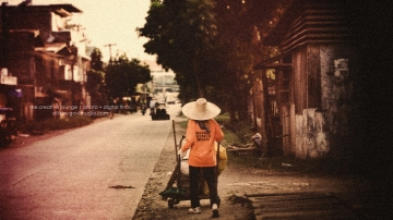 People, Places and Faces | Street sweeper 1 photo by Govi Murillo