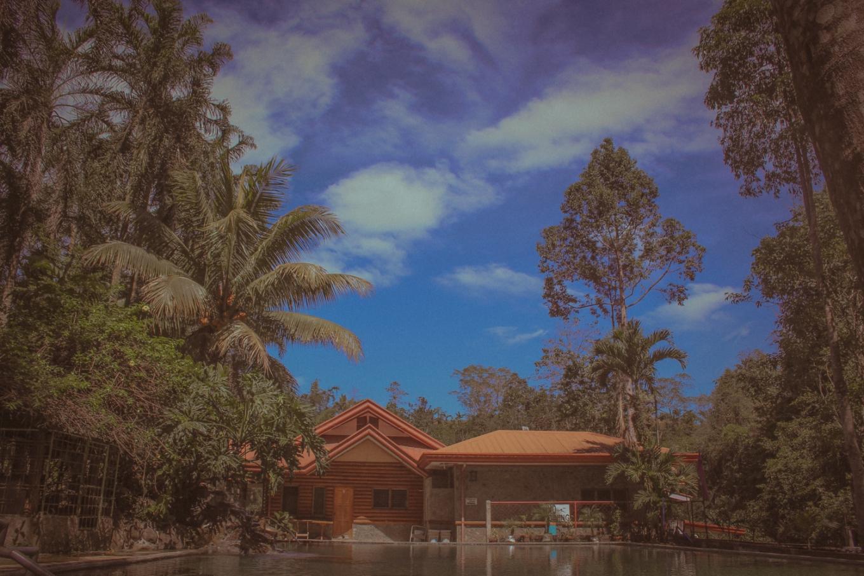 Montegelo Farm / Obrero Place Swiming Pool